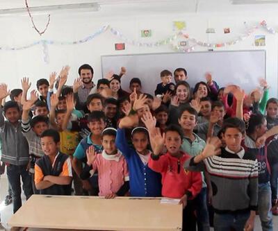 Gönüllü gençler binlerce çocuğu mutlu etti