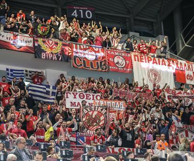 Sinan Erdem'de Olympiakos'a İzmir Marşı dinlettiler