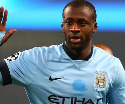 Yaya Toure bir yıl daha Manchester City'de