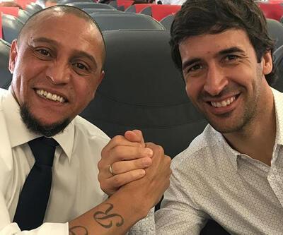Roberto Carlos ve Anelka sahaya çıkıyor
