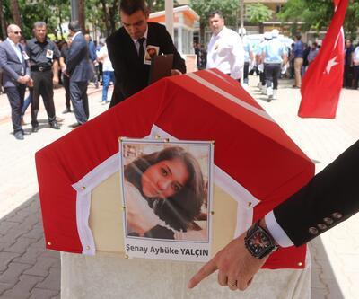 PKK'lı teröristlerin öldürdüğü Şenay öğretmen Batman'dan böyle uğurlandı