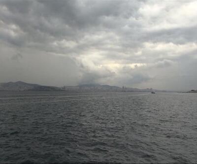 Yağmur bulutları İstanbul'u böyle kararttı