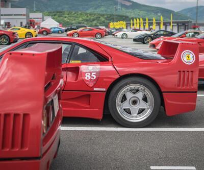 Fuji Dağı'nın gölgesinde 300'den fazla Ferrari görüldü