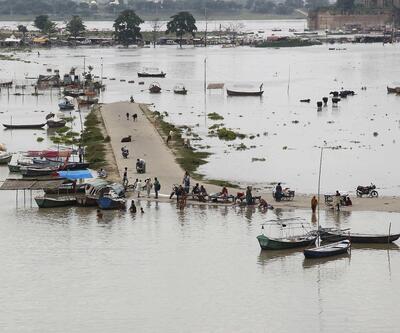 Hindistan'da sel felaketi: 20 ölü