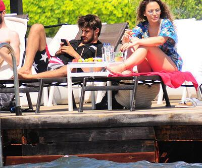Batuhan Karacakaya sevgilisiyle tatilde