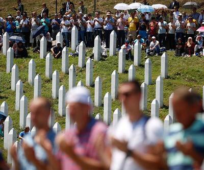 Srebrenitsa soykırımında hayatını kaybedenler anıldı