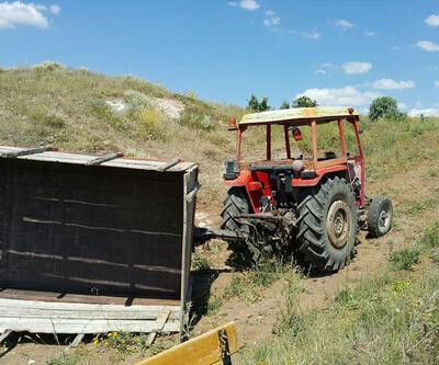 Traktör römorku devrildi: 13 yaralı