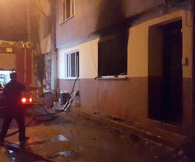 'Pompalı' saldırganın boşaltılan evi yandı
