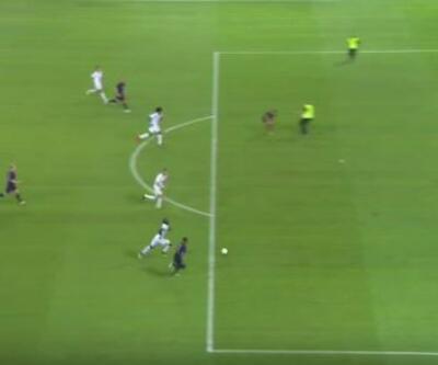 Nice-Ajax maçında taraftar ceza sahasına daldı