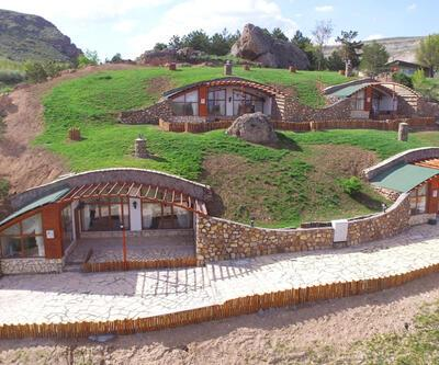 Burası film seti değil Sivas: Hobbit evleri arttı