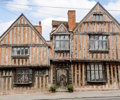 Harry Potter'ın 'doğup büyüdüğü' ev satışa çıkarıldı