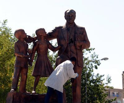 Atatürk Anıtı'na saldıran şüpheli tutuklandı