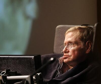 Türk bilim insanı Stephen Hawking'i konuşturacak