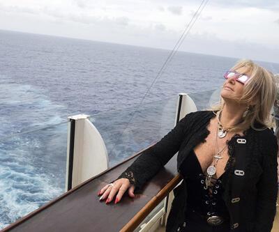 Bonnie Tyler, tarihi güneş tutulmasına 'soundtrack' oldu