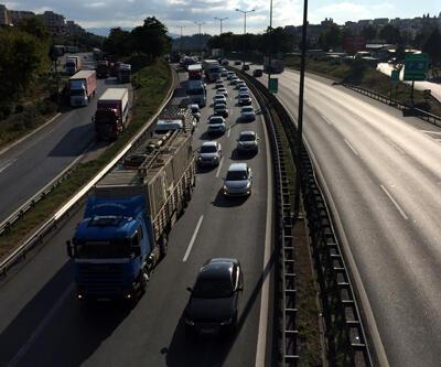 Köprü ve otoyollardan 11 ayda geçen araç sayısı açıklandı