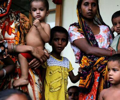 Binlerce Müslüman Bangladeş'e kaçıyor