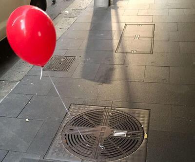 Sidney sokaklarındaki kırmızı balonlar görenleri ürkütüyor!