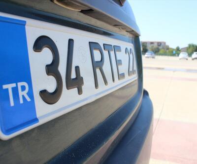"""""""RTE"""" plakalı aracını değerinin yaklaşık 23 katına satıyor"""