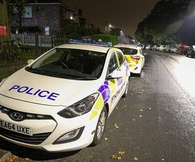 İngiltere'de akşam namazı çıkışı imama bıçaklı saldırı