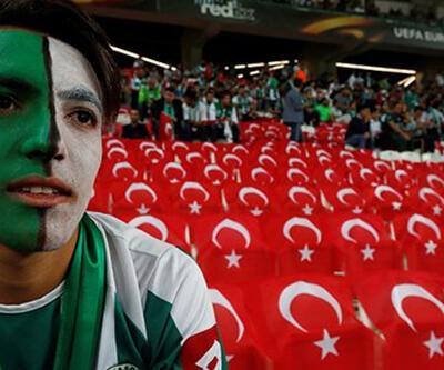 Konyaspor taraftarı İzmir Marşı söyledi