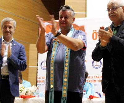 Ampute Milli Futbol Takımı'na 30'ar adet Cumhuriyet Altını verildi
