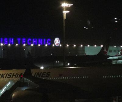 Havada yolcusu bayılan uçak 7 saat 22 dakika sonra inebildi