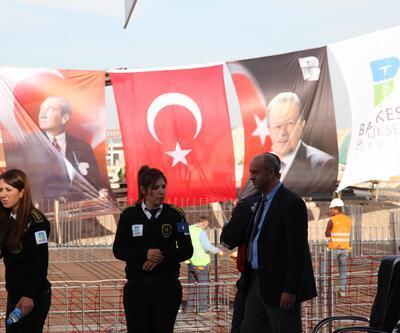 AK Partili Edip Uğur'un konuşma yaptığı alanda dikkat çeken detay