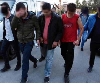 Göçmenlerle insan kaçakçıları arasında kavga çıktı