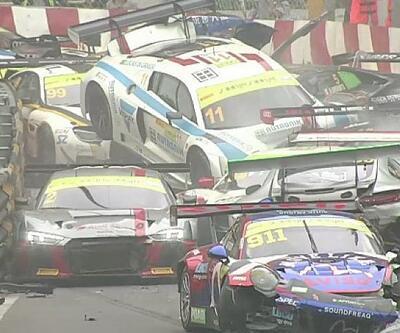 Macau GT'de milyon dolarlık kaza