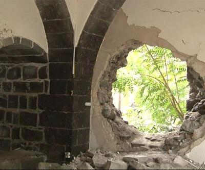 Sur'daki kilise yeniden harabeye döndü