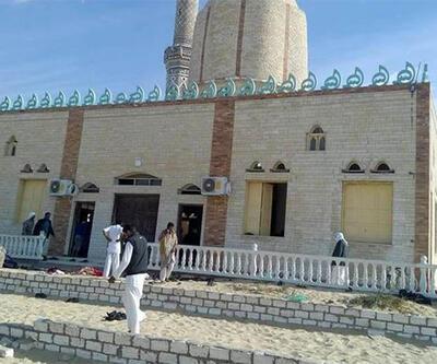 Camiyi önce bombaladılar sonra ateş açtılar!
