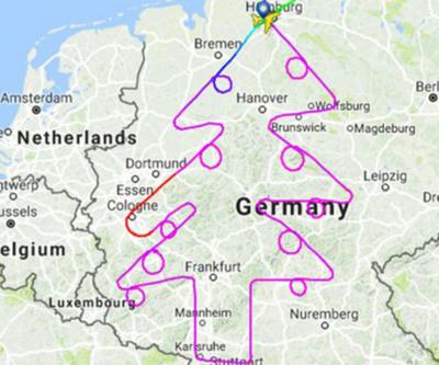Pilot uçak ile Noel ağacı çizdi