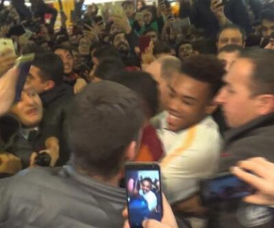 Galatasaraylı Garry Rodrigues'in imza gününde gerginlik çıktı