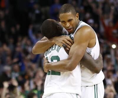 Celtics yarım basketle kazandı
