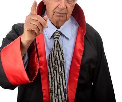 Hakimden darbe sanığı SAT'çıya azar: Zekamla alay etme