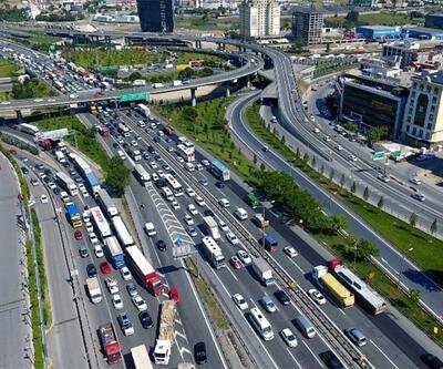 Son dakika... İstanbul'da yılbaşı günü 7 ilçeye TIR ve ağır tonajlı araç girişi yasaklandı