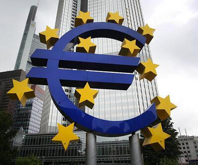 """""""Euro Bölgesi bu yıl yüzde 2 büyüyecek"""""""