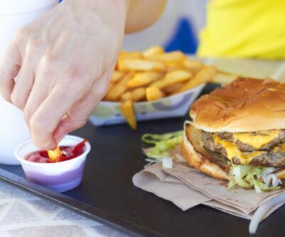 Fast food restoranlarında çocuklara verilen oyuncaklar için KDK'ya başvuru