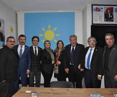 MHP'den istifa: 5 Belediye Meclis Üyesi İYİ Parti'ye katıldı