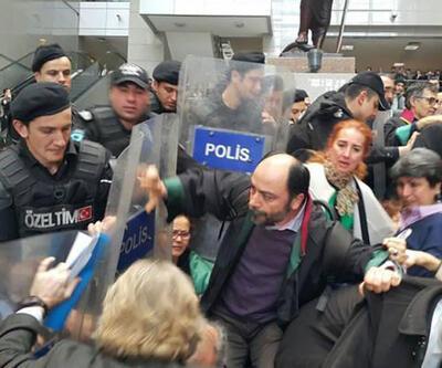 Adalet Nöbeti tutan avukatlara 'devlet otoritesini sarsmak' suçlamasıyla dava