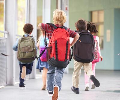 """""""Çocuklar, ağırlıklarının yüzde 10'u kadar çanta yükü taşımalı"""""""