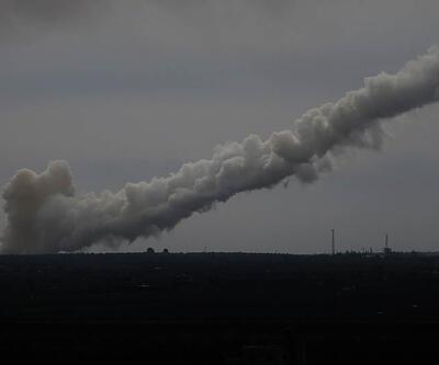 PYD'nin beton bariyerleri Fırtına obüsleriyle yıkılıyor