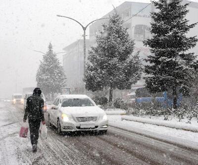 Sınıra kadar geliyor: Hafta sonu İstanbul'a kar yağacak mı?