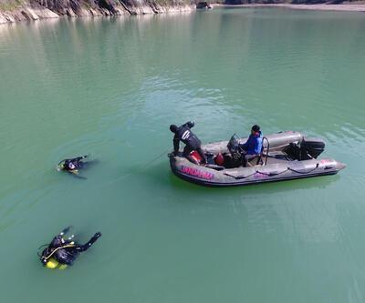 Baraj gölünde kaybolan kişiyi dalgıçlar arıyor