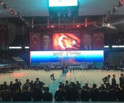 MHP'de kongre günü: Salona Bahçeli'nin fotoğrafı asılmadı
