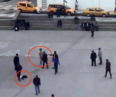 Meydanda soyunan İranlı gence linç girişimi