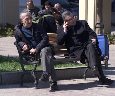 Araştırmalara göre yaşlıların çoğu mutlu