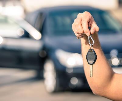 Otomobil satışları artarken, hafif ticaride daralma devam ediyor