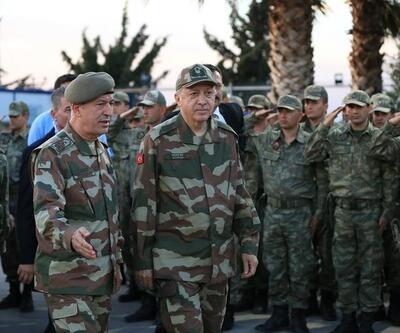 """""""Başkomutan'a özel askeri üniformanın hikâyesi"""""""