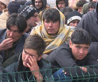 50 bin Afgan göçmen Türkiye'de: Iğdır'a kamp kurulacak
